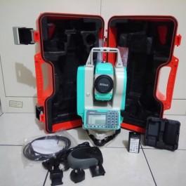 "Total Station Nikon NPL-322+ 2"""